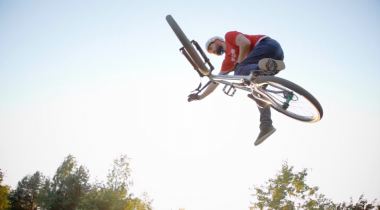 Timo Pritzel - Berlin Dirt Session