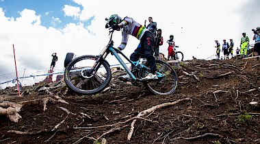 Livestream: Downhill World Champs – Cairns