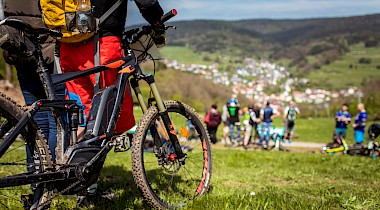 Monster-Performance im Mountainbike-Sport
