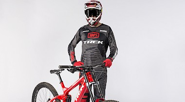 Introducing: Treks neues Factory Racing Downhill Team!